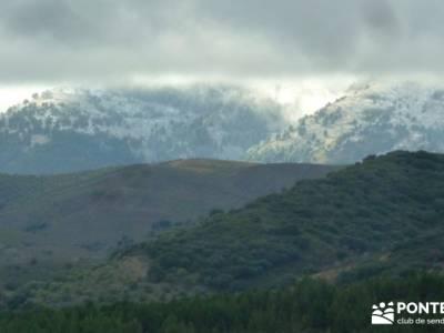 Axarquía- Sierras de Tejeda, Almijara y Alhama; senderismo con niños en madrid; club single madrid